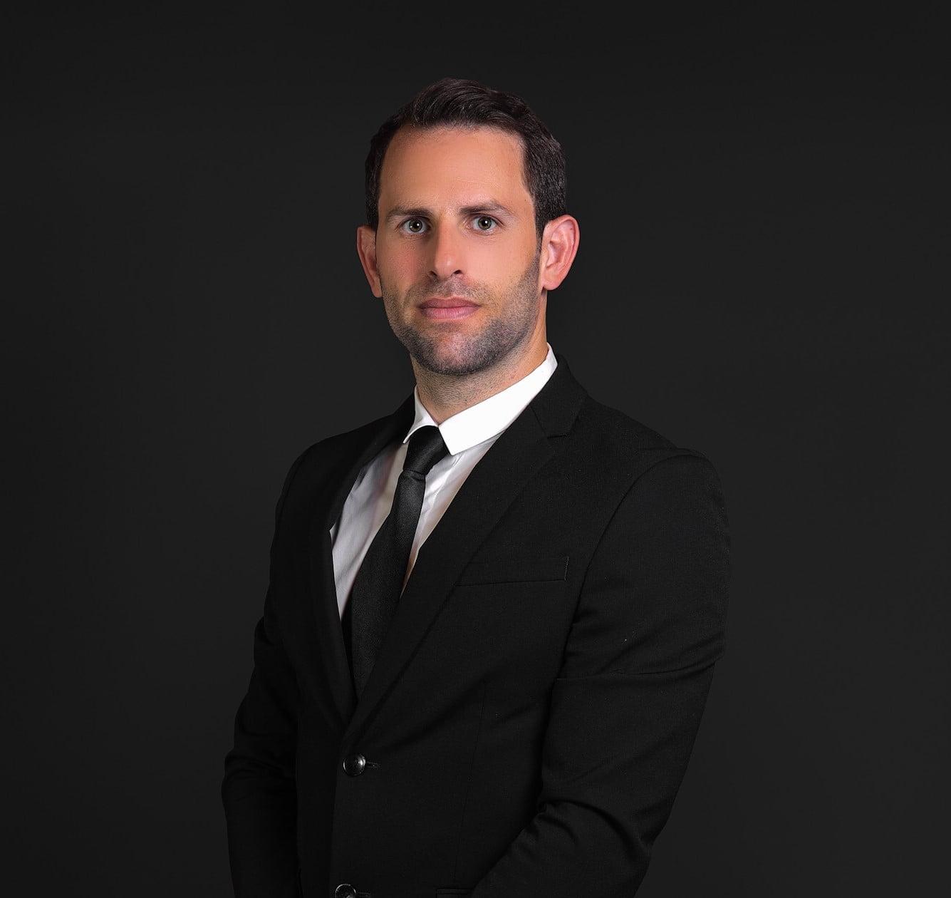 עורך דין ירון קצירי